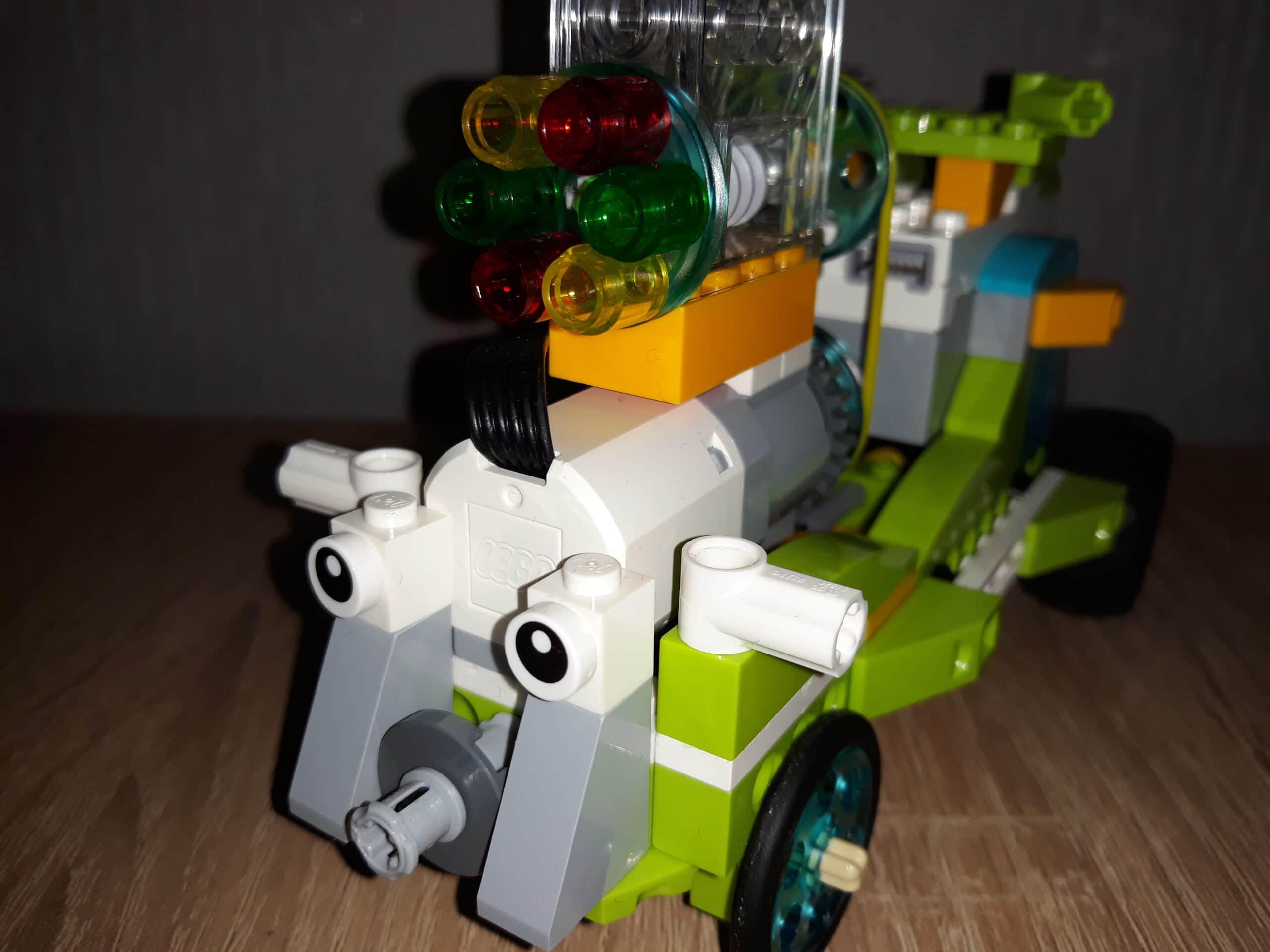 Инструкция по сборке из набора LEGO Education WeDo 2.0 Веселый автопоезд