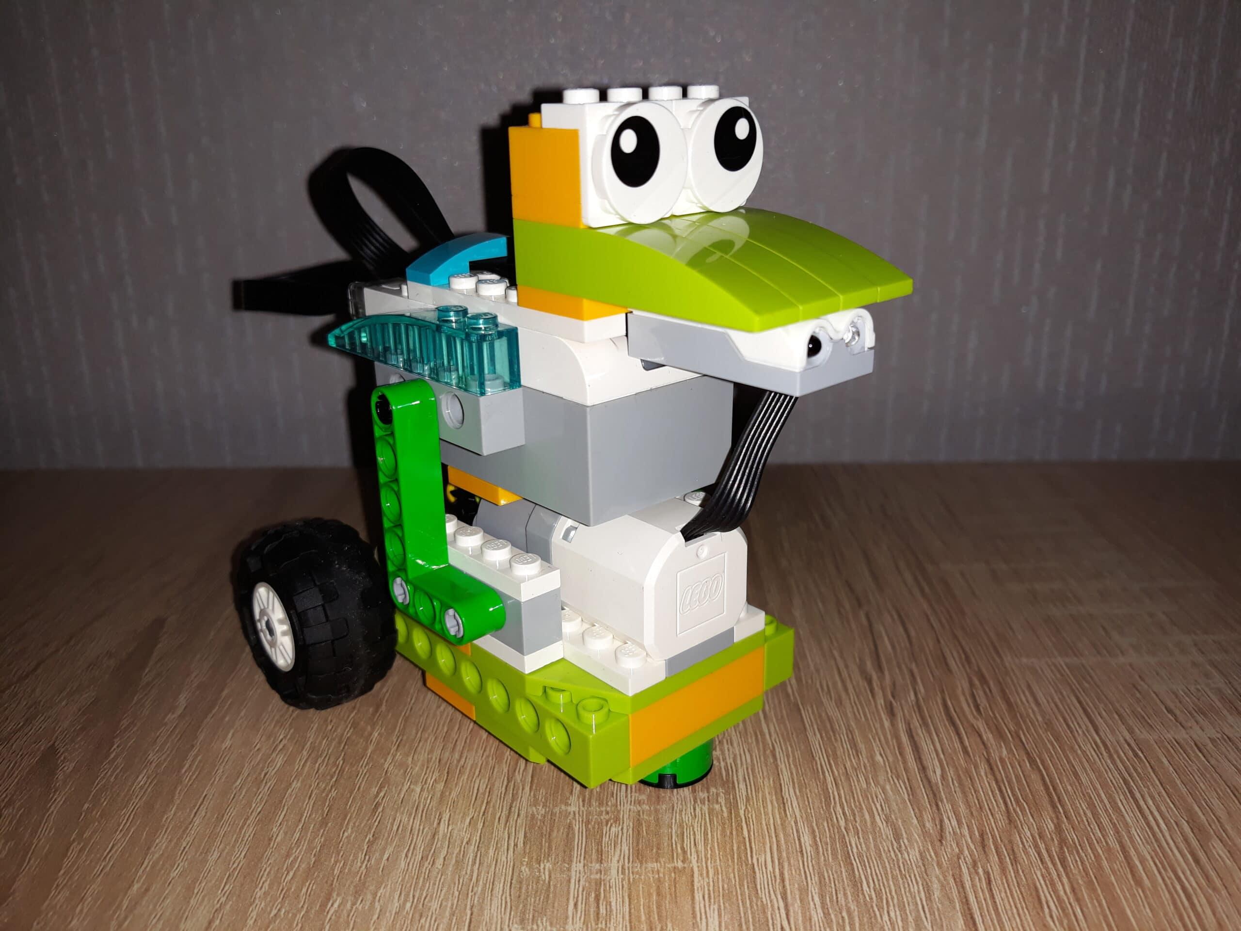 Инструкция по сборке из набора LEGO Education WeDo 2.0 Неуклюжая утка