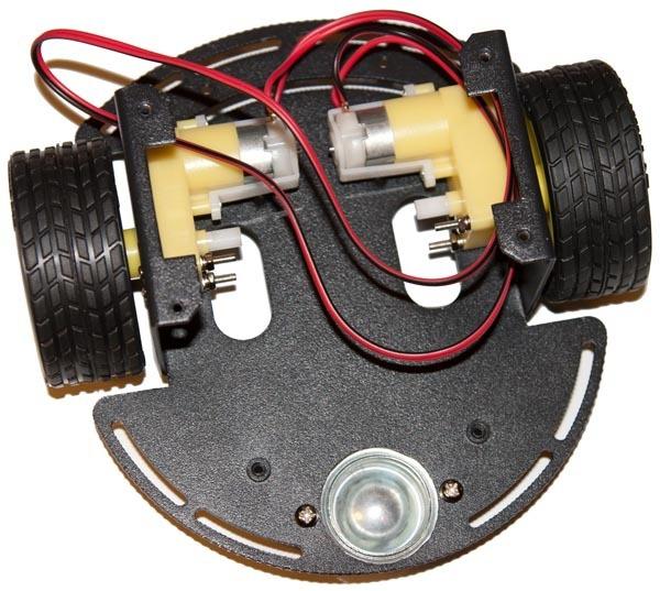 Моделирование робота с дифференциальным приводом