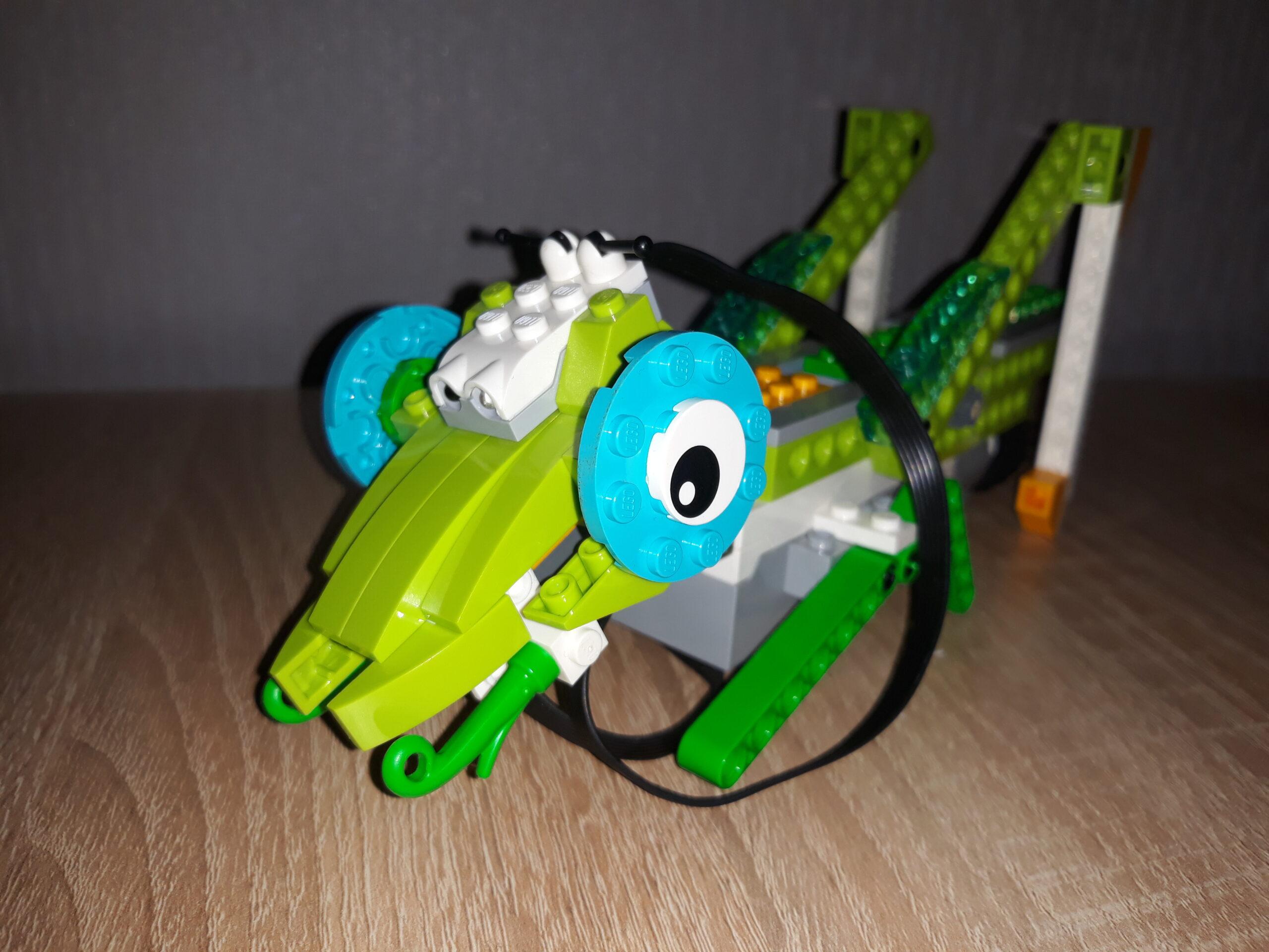 Инструкция по сборке из набора LEGO Education Виду 2.0 Кузнечик