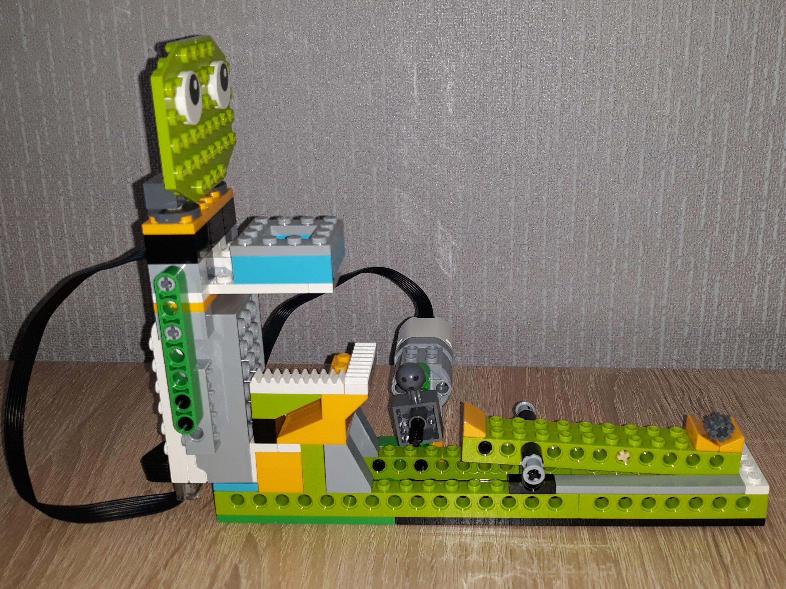 Скачать инструкцию по сборке из набора LEGO Education WeDo 2.0 Баскетбольное кольцо