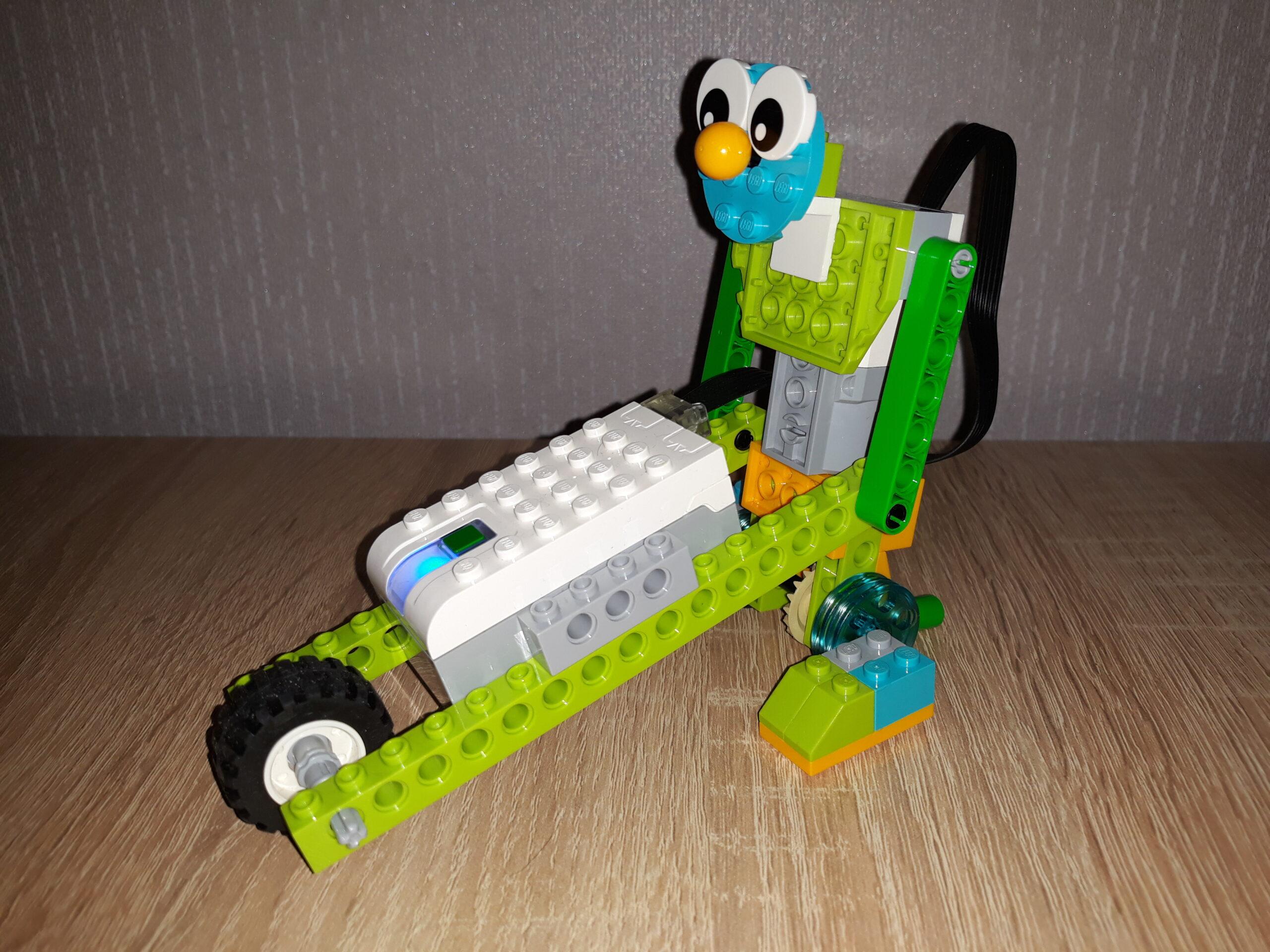 Инструкция по сборке из набора LEGO Education WeDo 2.0 Боб строитель