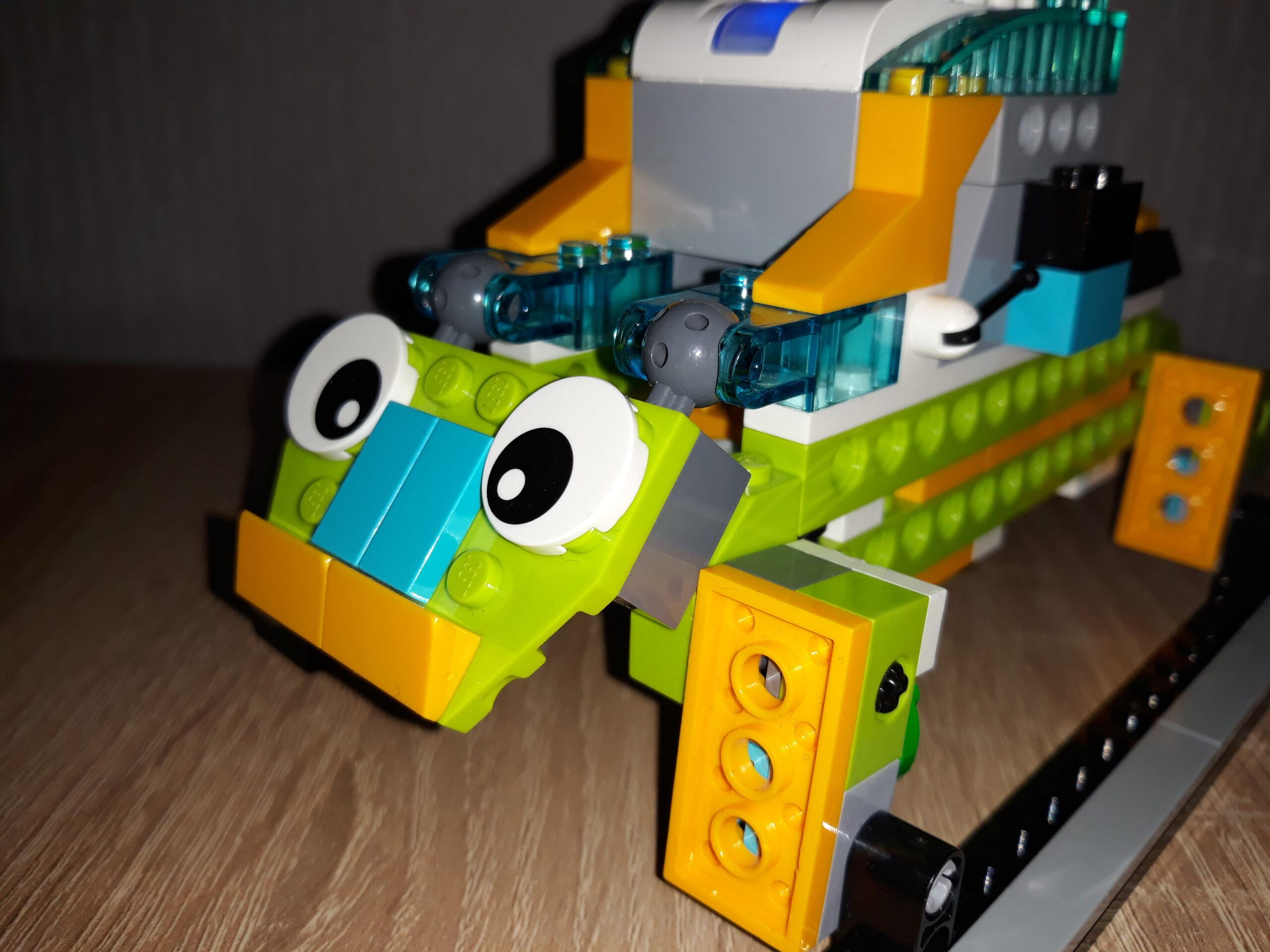 Инструкция по сборке из набора LEGO Education WeDo 2.0 Жук 2