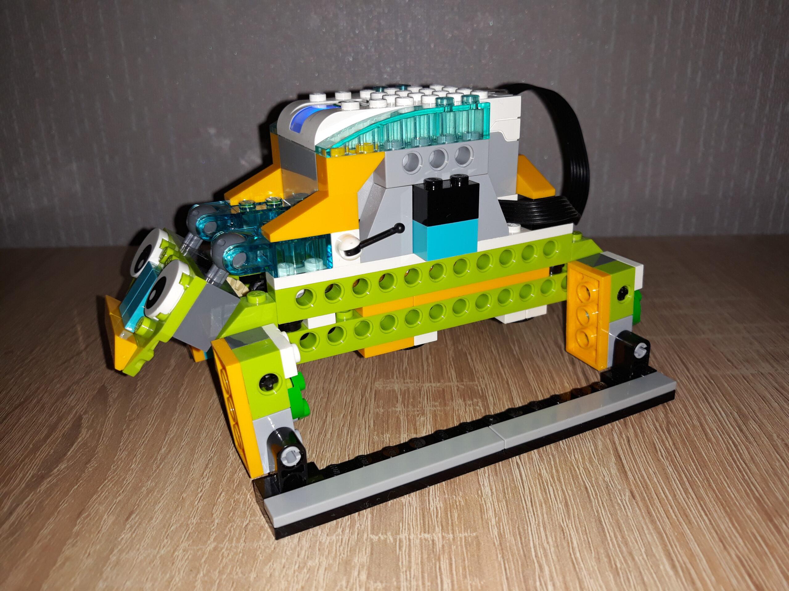 Инструкция по сборке из набора LEGO Education WeDo 2.0 Жук 4
