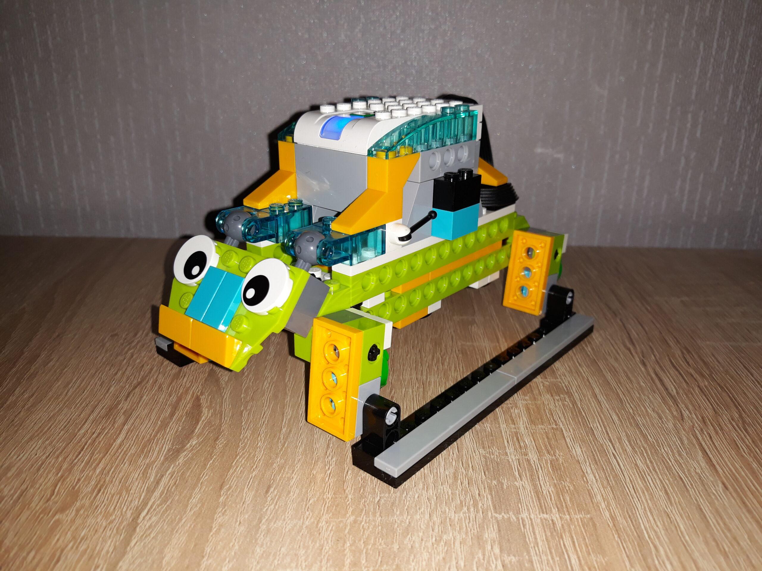 Инструкция по сборке из набора LEGO Education WeDo 2.0 Жук