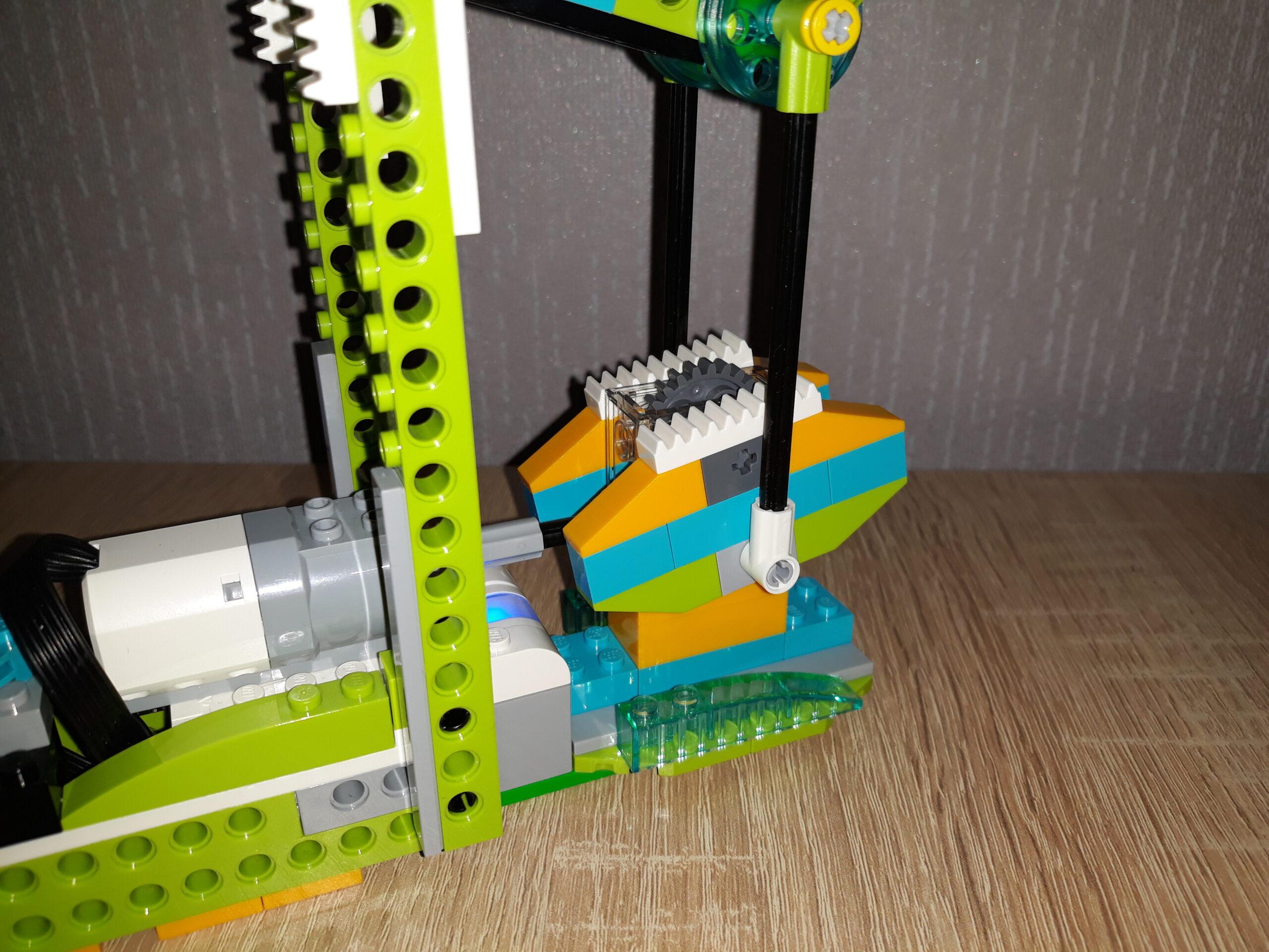 Инструкция по сборке из набора LEGO Education WeDo 2.0 Нефтяная вышка 2