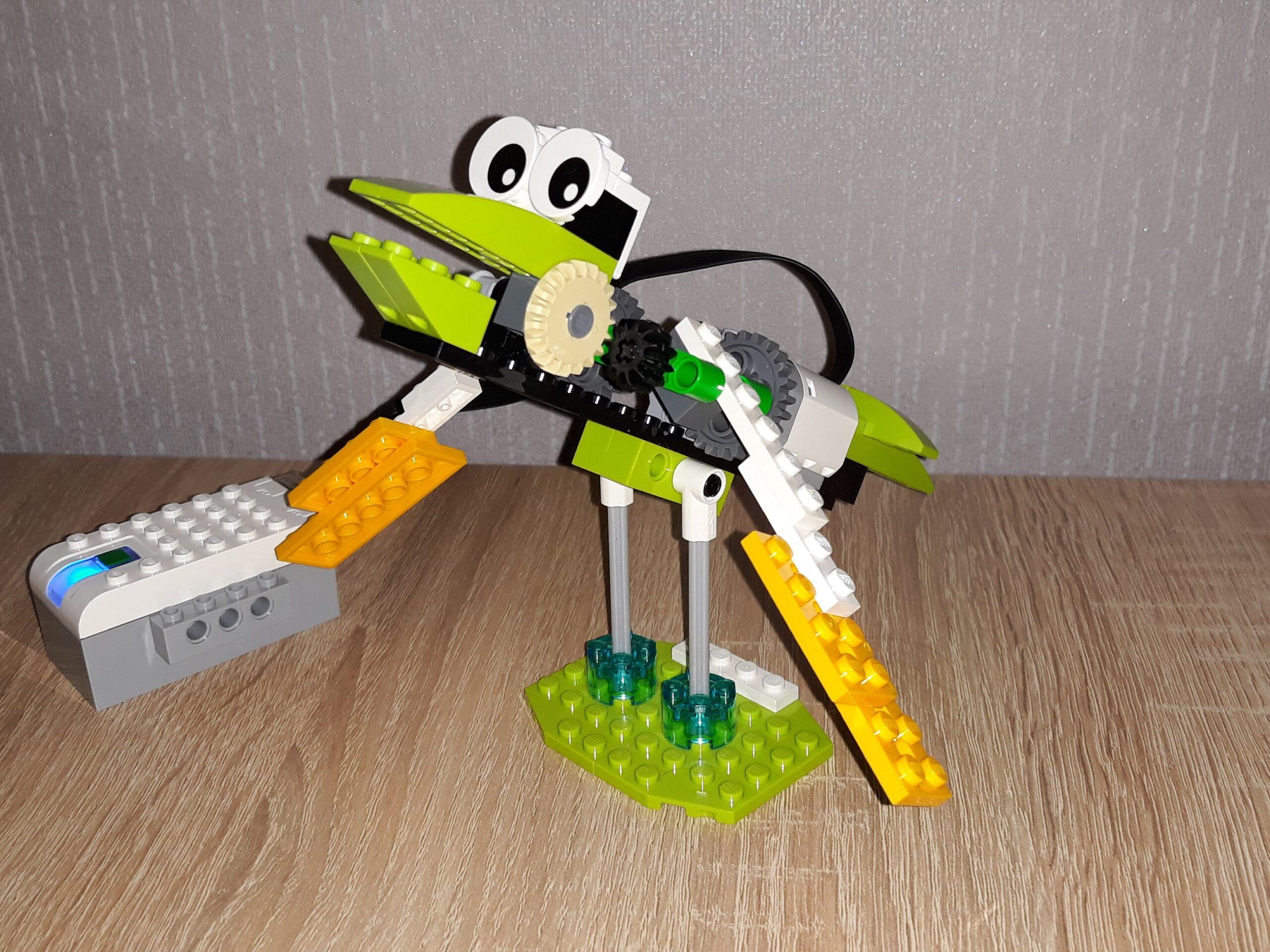 LEGO Education WeDo 2.0 Птенец в сборе