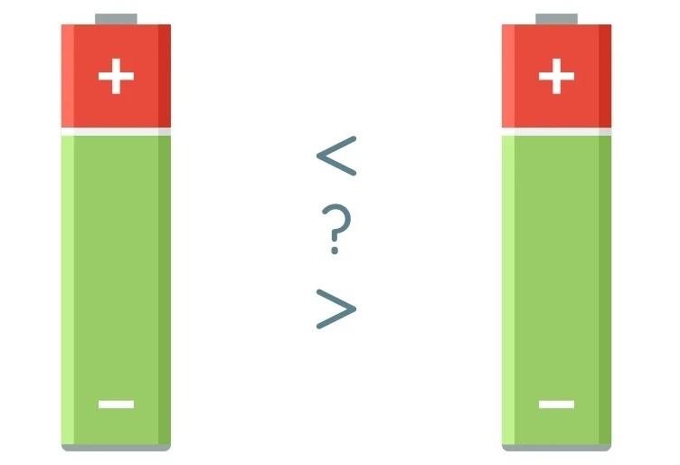 Как сравнить напряжение двух батареек АА