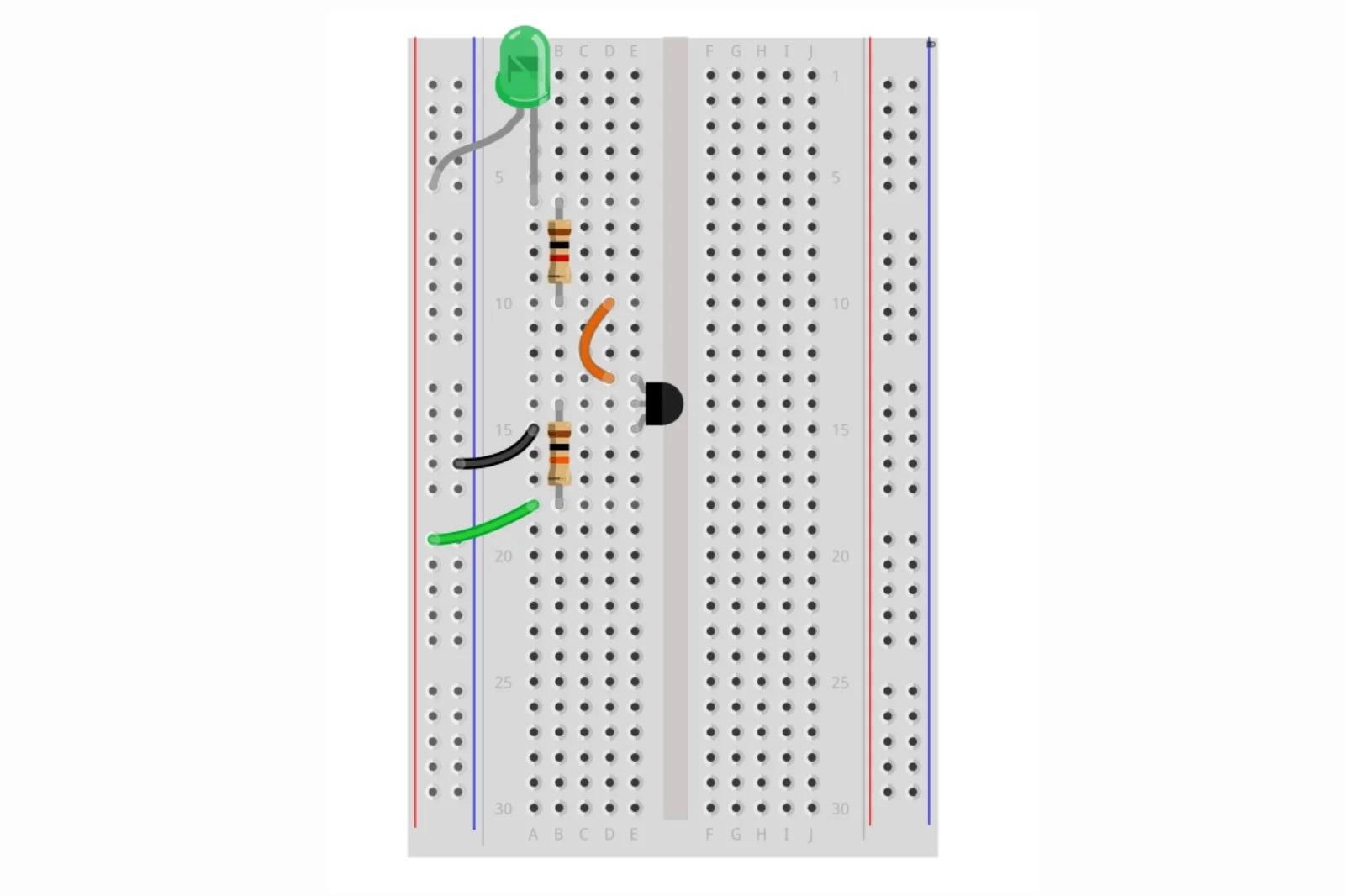 Сборка схемы с транзистором