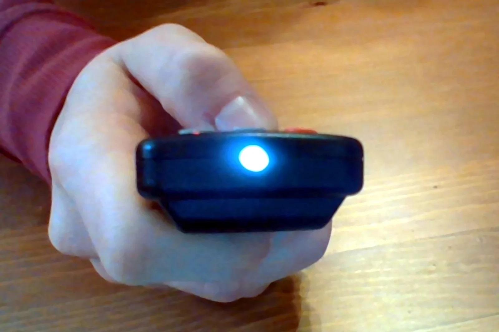 ИК-светодиод светит
