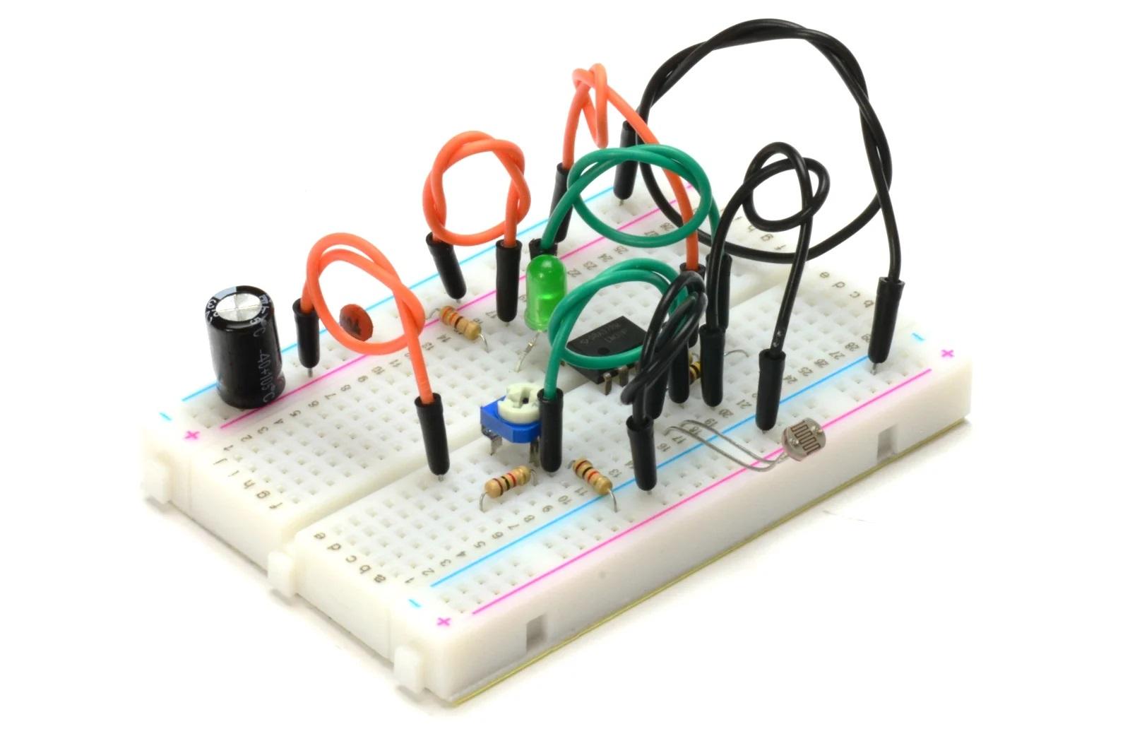 Схема с фоторезистором